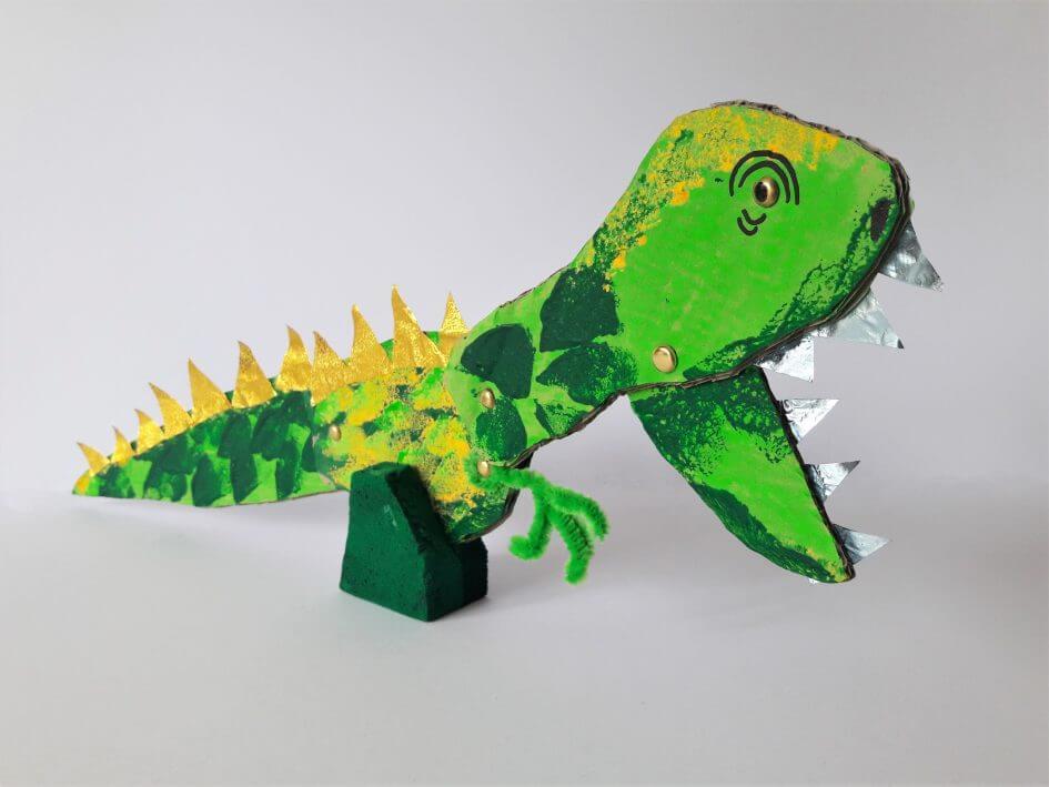 Wonderbaar Dinosaurus knutselen met karton en recyclagemateriaal JC-12