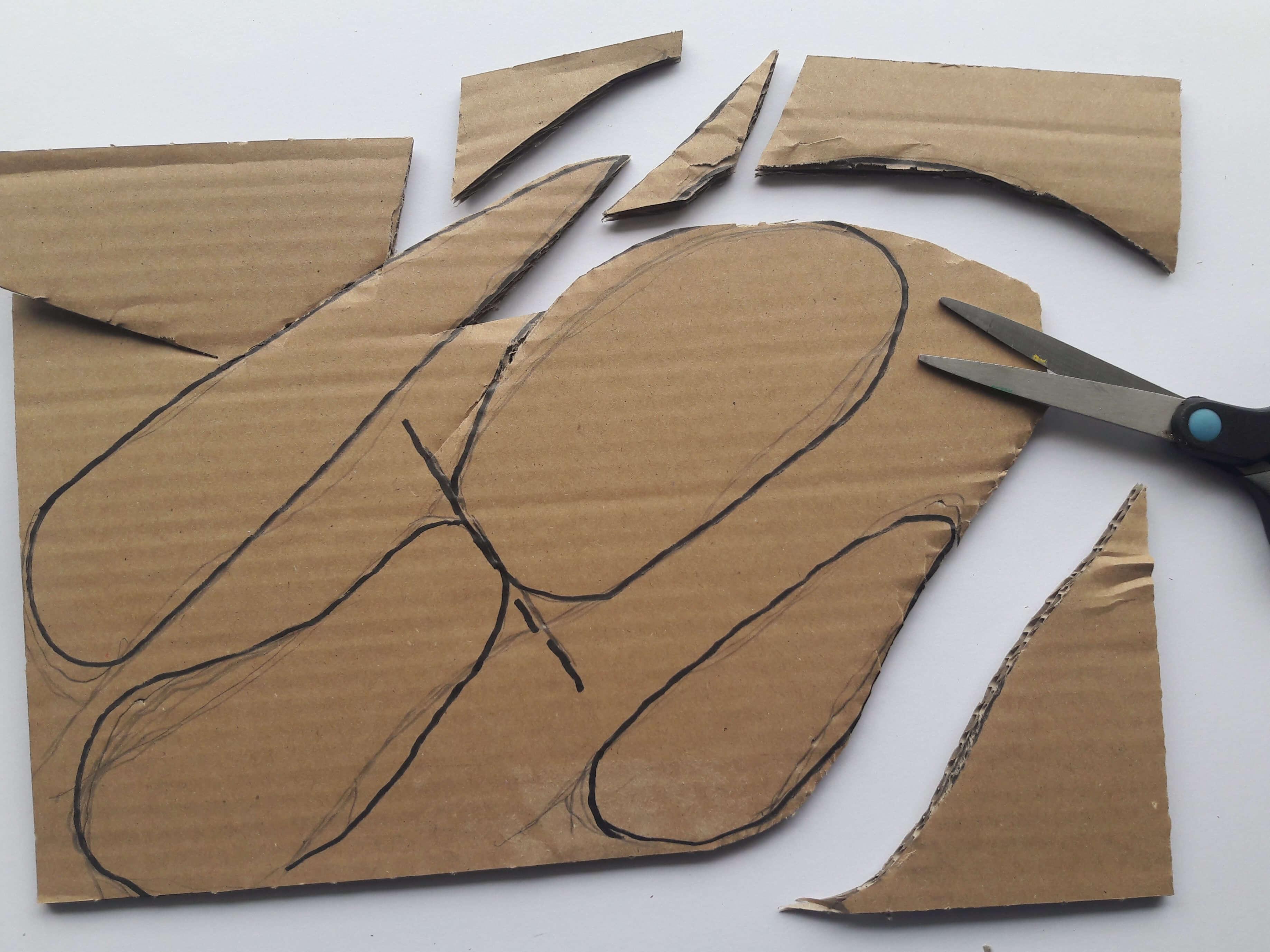 Spiksplinternieuw Dinosaurus knutselen met karton en recyclagemateriaal BH-59